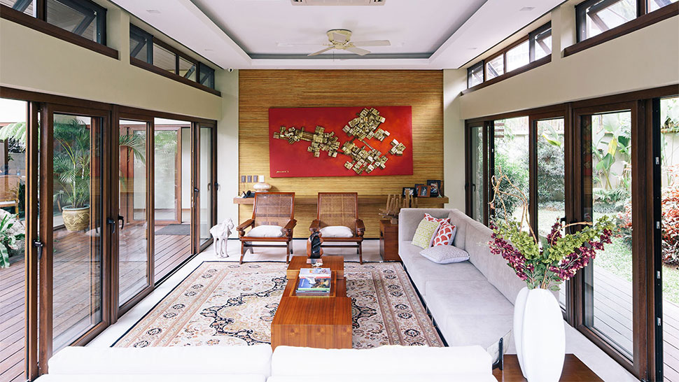 tropical-style-home